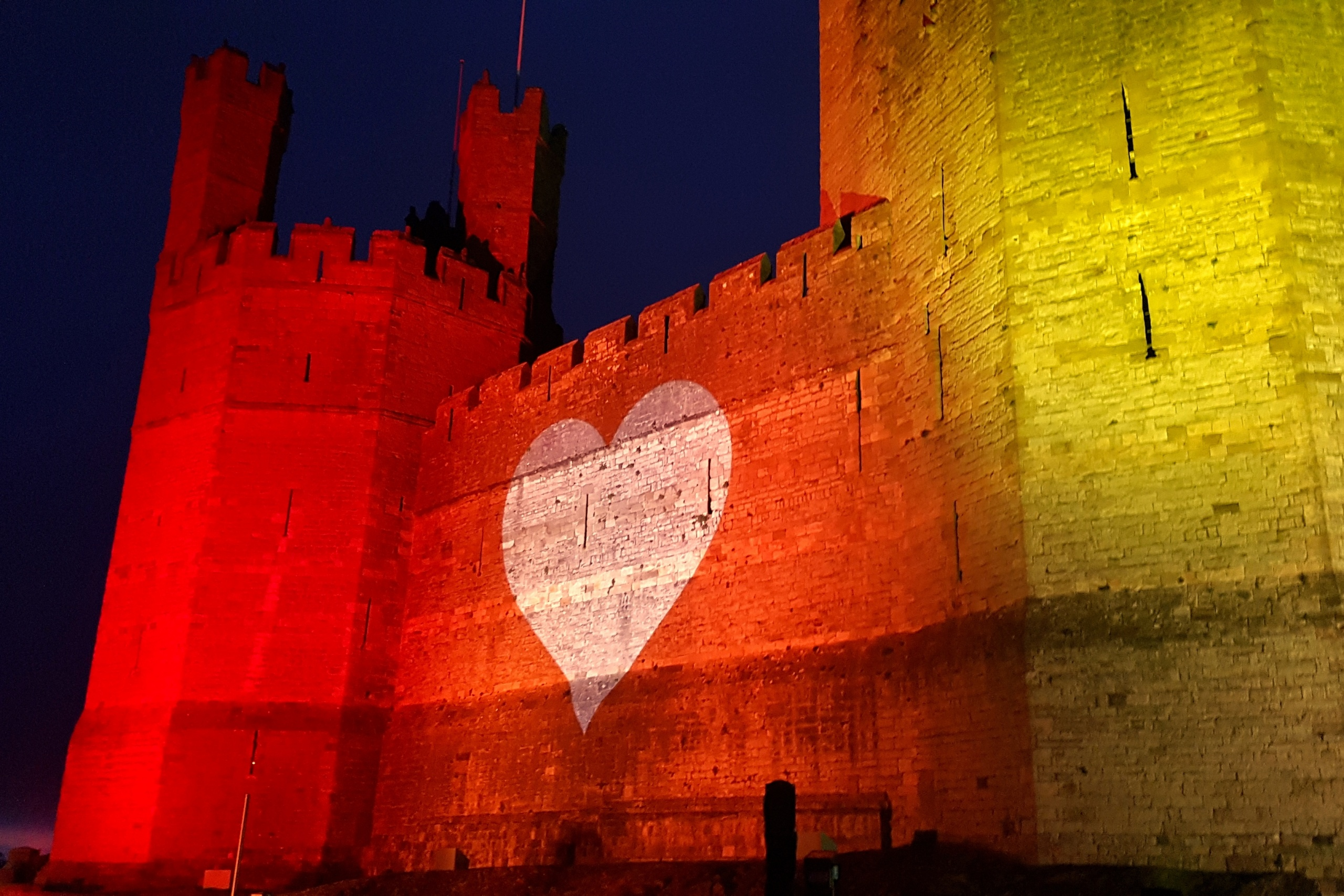 Caernafon Castle Rainbow Lighting Lit NHS Projection Mapping 4656IP